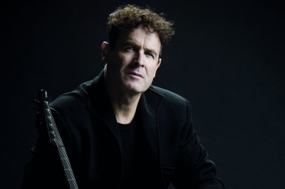 "Johnny Clegg, the ""White Zulu"" who fought apartheid"
